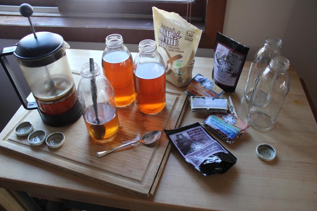 © J.N. Urbanski 2pm Organic Travelers Tea
