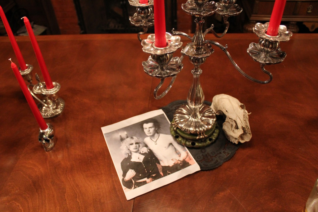 © J.N. Urbanski Sid & Nancy underneath the candelabra at Spillian